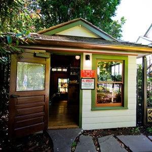 Tea House Bar at Edgefield